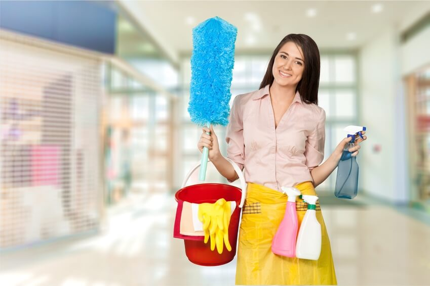 commercial-cleaning-woman