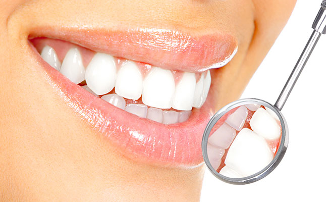 sbiancamento-dei-denti